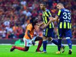 Süper Lig: Galatasaray: 0 - Fenerbahçe: 0 (İlk yarı)