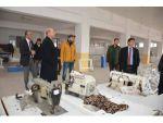 Kaymakam Kaya Ve Başkan Bozkurt Tekstil Atölyesinde Devam Eden Çalışmaları İnceledi