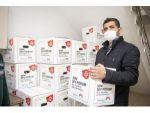 Mersin Büyükşehir Belediyesi, İş Yeri Kapalı 5 Bin 785 Esnafa Gıda Kolisi Dağıtıyor