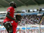 Manchester United'dan Swansea'ye farklı tarife