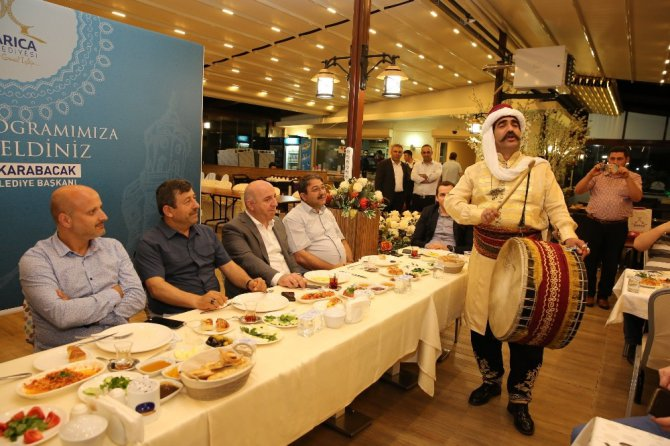 Başkan Karabacak sahurda bölge basınıyla buluştu