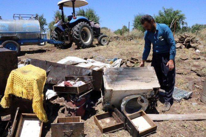 Evi Yanan 6 Kişilik Aileye Belediye Sahip Çıktı