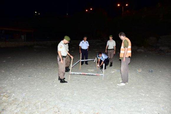 Alanya'da plajdaki caretta yuvasına koruma