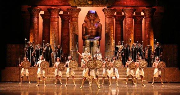 Aspendos'ta 3 gösteri