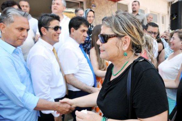 CHP'de bayramlaşma töreni