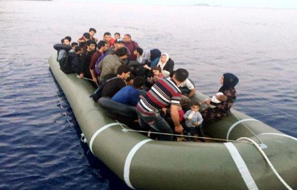 Kaş'ta Suriyeli 32 kaçak yakalandı