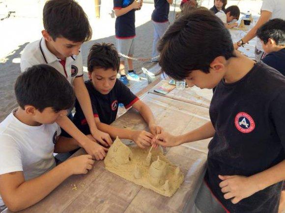 Çocuklara kumdan atölye çalışması