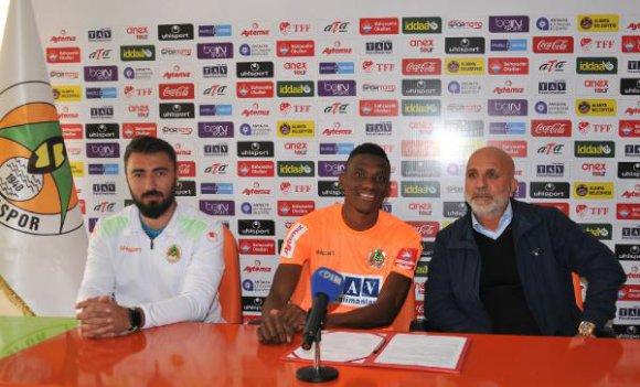 Aytemiz Alanyaspor, Fofana ile sözleşme yeniledi