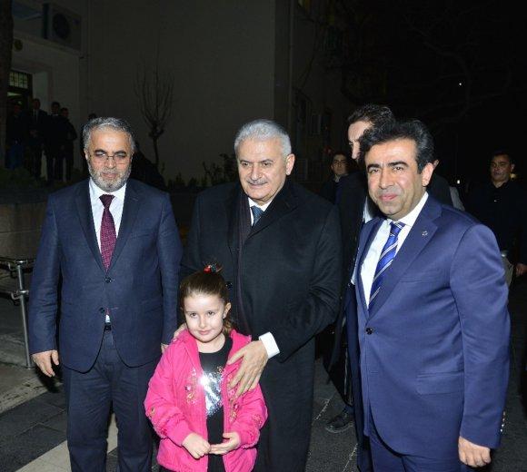 Başbakan Yıldırım, Diyarbakır Valiliğini Ziyaret Etti