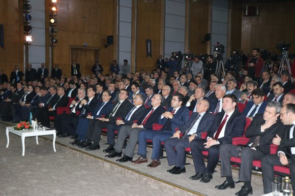 Kamu Başdenetçisi Şeref Malkoç: