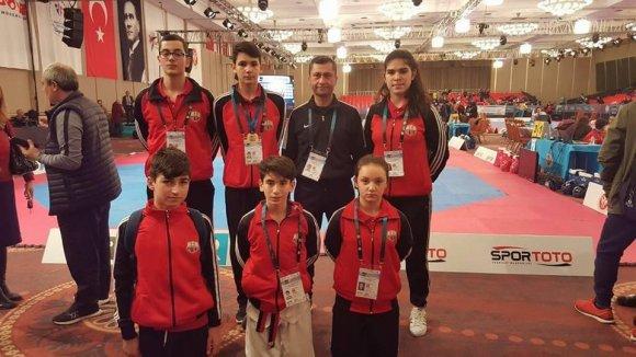 Kuşadası Belediyespor Teakvandocusu Utku Avcı Avrupa Şampiyonu Oldu