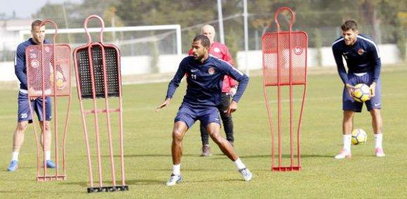 Antalyaspor'da Galasaray hazırlıkları sürüyor