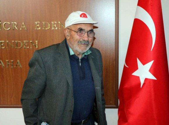 Biriktirdiği 2 Bin Lirasını Mehmetçik Vakfı'na Bağışladı