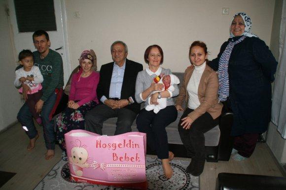 """Devrek Belediyesi'nden, """"Hoşgeldin Bebek"""" Projesi"""