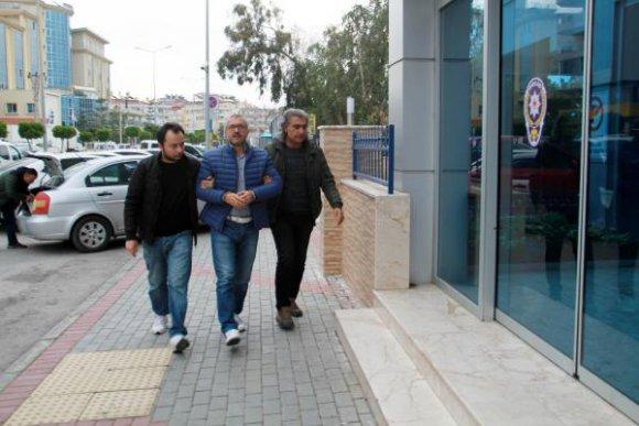 Eski belediye başkanı FETÖ'den gözaltına alındı