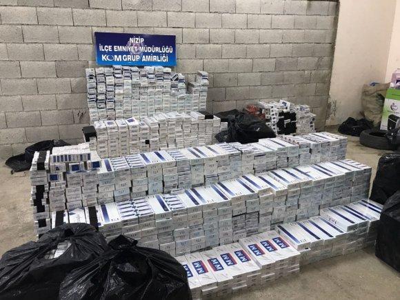 Durdurulan Minibüste 15 Bin Paket Kaçak Sigara Ele Geçirildi