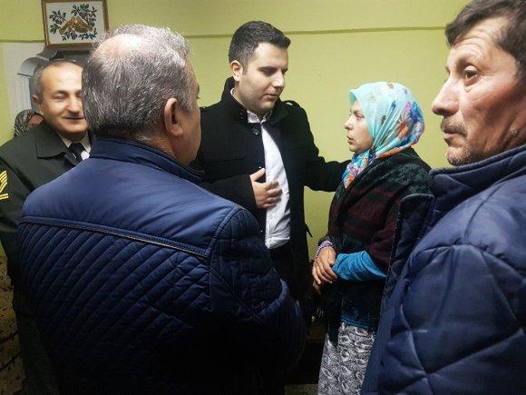 Kaymakam Ayaz'dan Afrin'de Yaralanan Askerin Ailesine Ziyaret