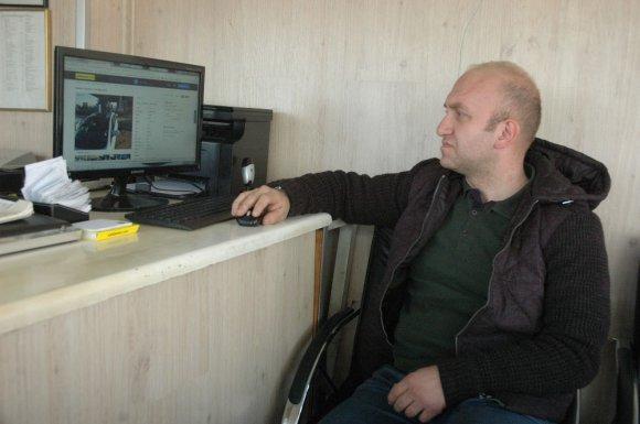 Oto Galerici, İnternetteki Hayali Oto Satıcısını Yakalattı