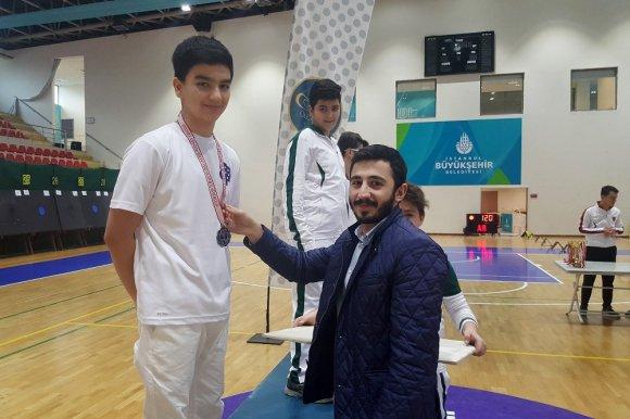 İhlas Koleji Okçuluk Kulübü'nden İstanbul İkinciliği
