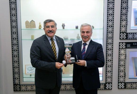 Kültür Ve Turizm Bakan Yardımcısı Yayman'dan Vali Kamçı'ya Ziyaret