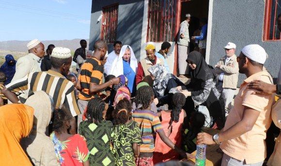Türk Hayırseverlerden Etiyopyalı Yoksullara Yardım