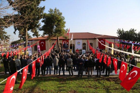 Cumhuriyetle Yaşıt Tarihi 'Taş Mektep', Eski Öğrencileriyle Buluştu