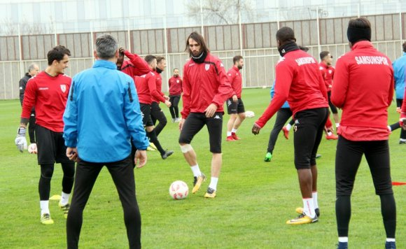 """Samaras: """"Eski Samaras Değilim Ama Çok Çalışıyorum"""""""