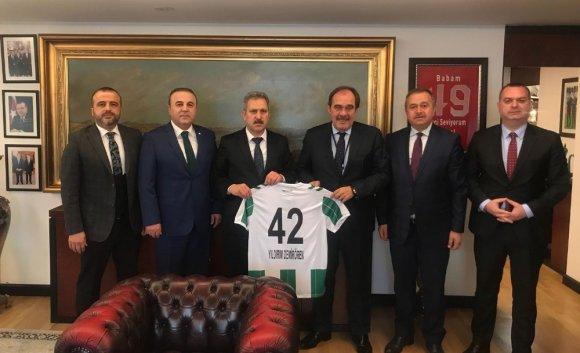 Atiker Konyaspor'dan Demirören'e Ziyaret