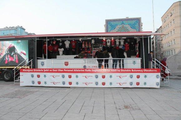 Türk Yıldızları Lisanslı Ürünleri Kayseri'de