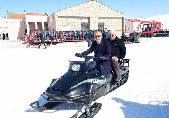 """Başkan Okay: """"Kış Turizminin Lokomotifi Yedikuyular Oldu"""""""