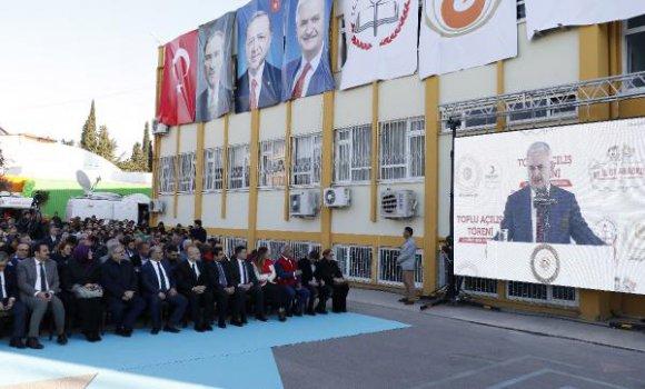 Başbakan Yıldırım, canlı bağlantıyla anaokulu açtı