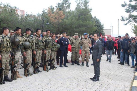Ergani'de 35 Güvenlik Korucusu Afrin'e Uğurlandı