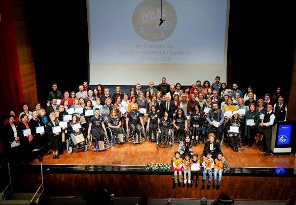 İzmir'in İyilik Projesi Çığ Gibi Büyüyor