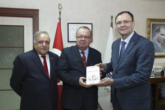 """Büyükelçi Saavedra: """"Kolombiya'da Türk Yatırımcı Görmek İstiyoruz"""""""