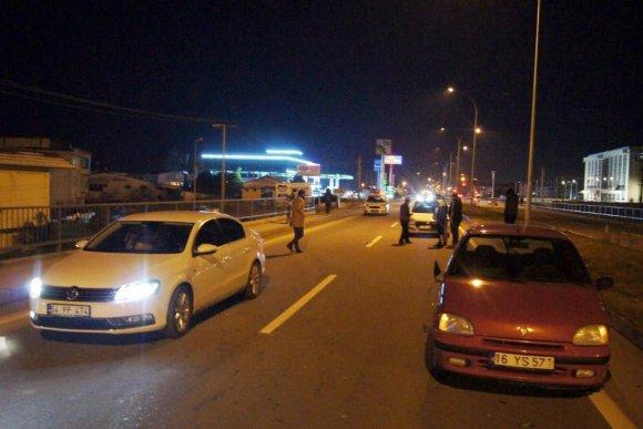 Yolun Karşısına Geçmek İsteyen Yaşlı Kadına Otomobil Çarptı
