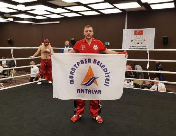 Şampiyon Muratpaşa'dan