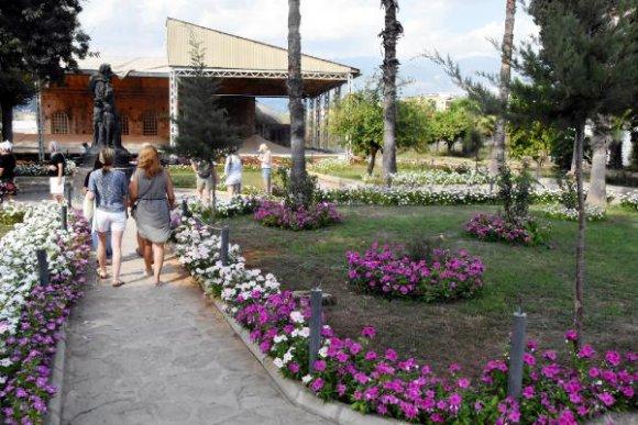 Aziz Nikolaos Müzesi Rengarenk Oldu
