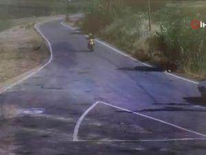 Otomobille motosiklet kafa kafaya böyle çarpıştı: 2 yaralı
