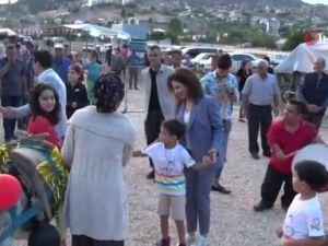 Antalya'da şenlikte eşekli harman dövülmesine büyük ilgi