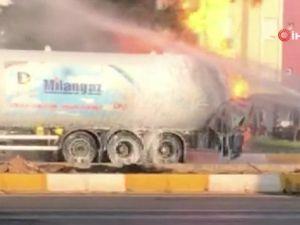 Antalya'da yanan LPG tankerini söndürme çalışmaları sürüyor