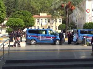 Manavgat'ta uyuşturucu tacirleri arasında silahlı çatışma  4 gözaltı