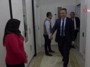DMD hastası Mehmet Alinin karne sevinci