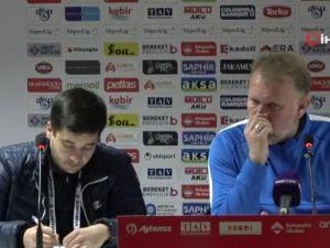 """Robert Prosinecki  """"5 golün 3ünü biz rakibimize hediye ettik"""""""