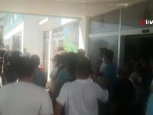 Otel mühürlenince çalışanlar eylem yaptı, sahibi benzinle direndi