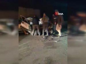 Antalya'da otomobil kamyona arkadan çarptı: 2 ölü, 2 ağır yaralı