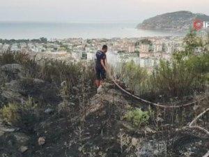 Alanya'da orman yangını vatandaşın dikkatiyle önlendi