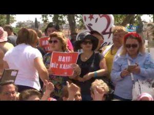 CHP'liler Antalya'da OHAL'i protesto etti
