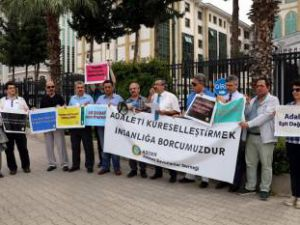 Antalya'da ASDER üyelerinden 28 Şubat kararına tepki