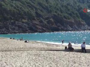 Alanya'da şubat ayında deniz keyfi